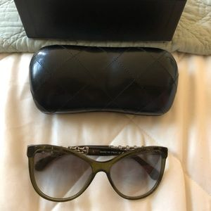 Preowned Authentic Chanel Sunglasses Price Firm